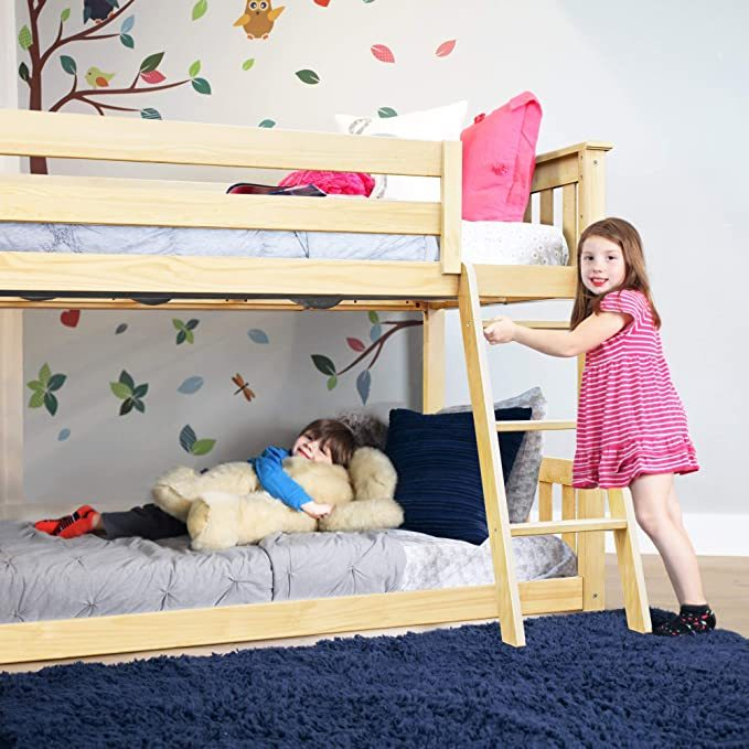 Max-Lily-Low-Bunk-Bed-3
