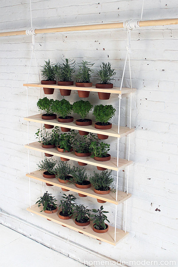 DIY-hanging-HErb-garden