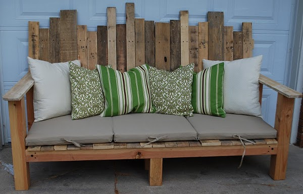 outside-sofa-pallete