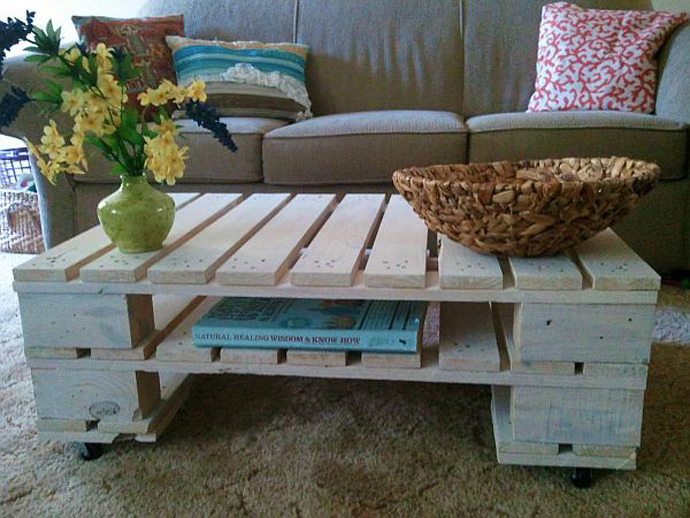 pallet-double-white-coffe-table