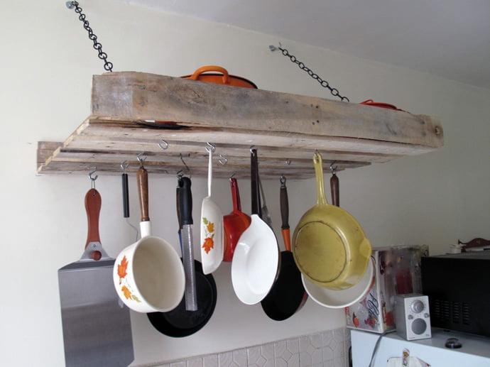 pallet-kitchen-tools-holder