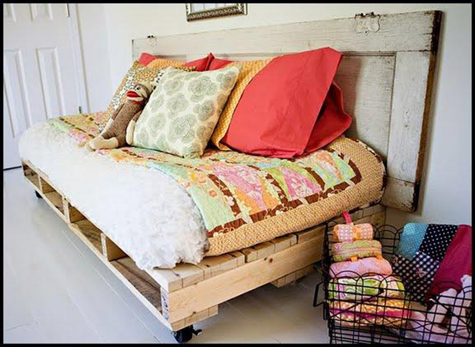 pallet-outside-couch