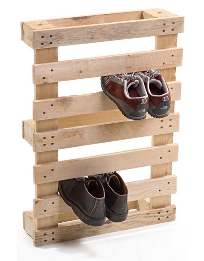 pallet-shoe-holder