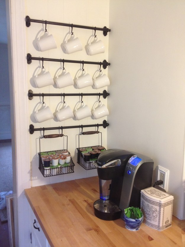 organize-kitchen-mug-rack