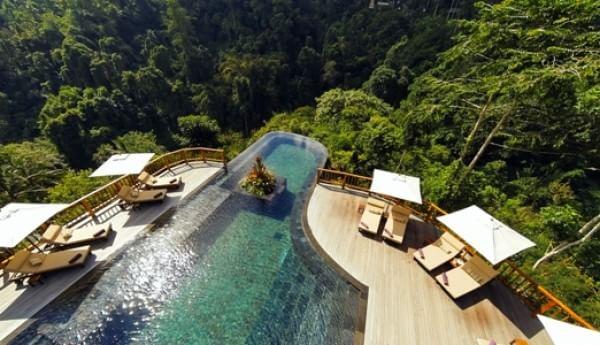 hanging-garden-pool