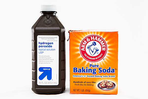 peroxide-baking-soda-cleaner