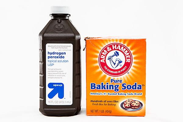 peroxide-baking-soda-cleaner