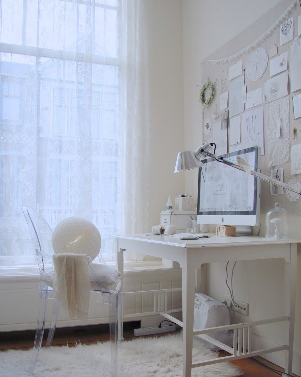 white-small-home-office