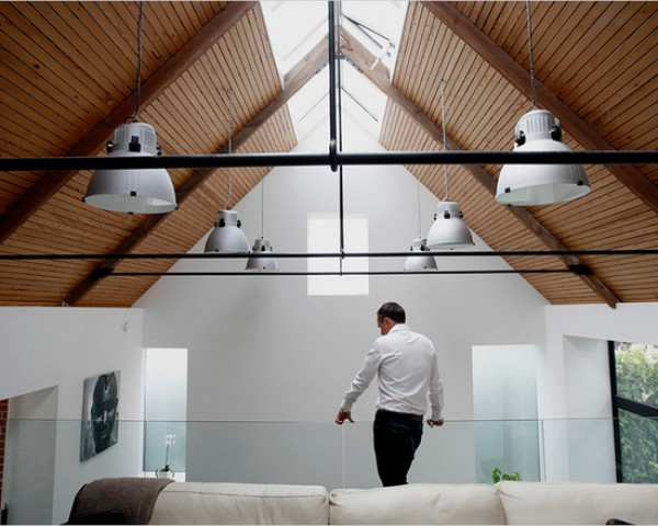 contemporary-family-room-loft-laconcha