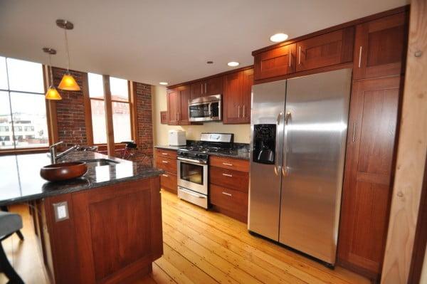 contemporary-loft-kitchen
