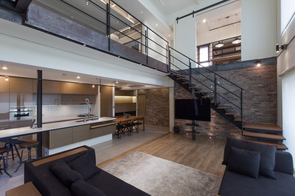 contemporary-loftliving-room-lai