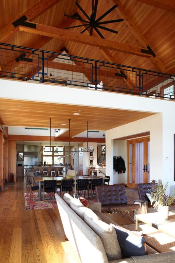 farm-house-livingroom-loft