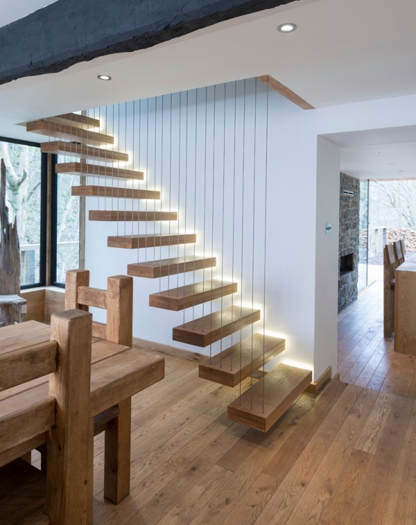 skeleton-style-glowing-staircase