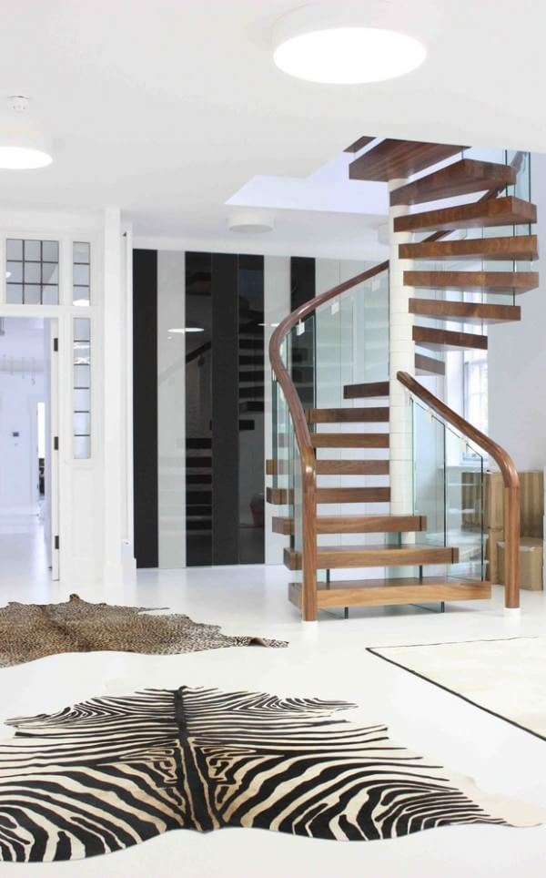 wooden-contemporary-spiral-staircase