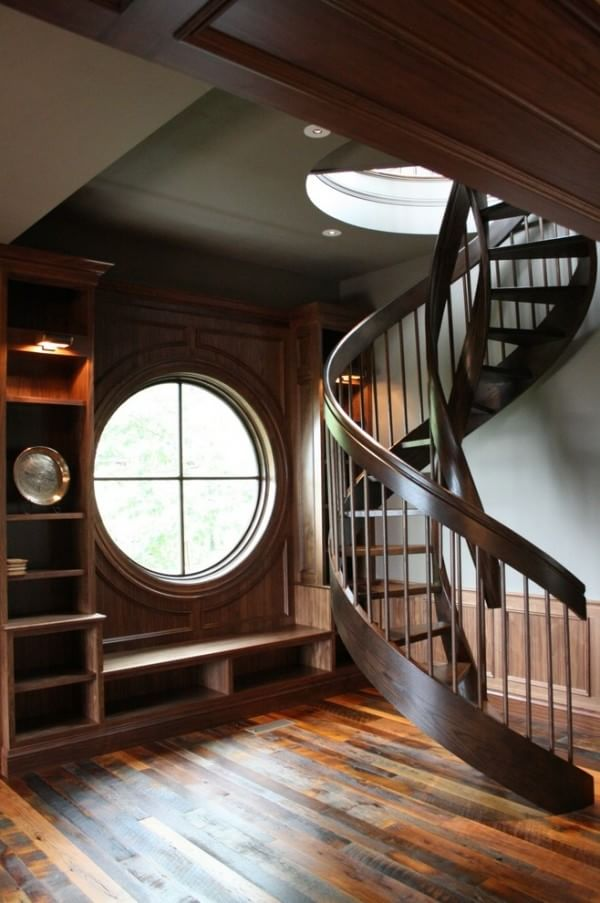 wooden-craftsman-style-staircase
