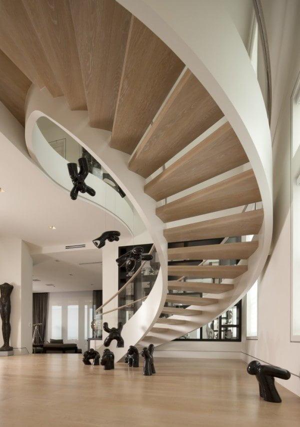 wooden-half-spriral-modern-staircase