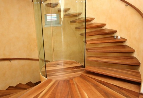 wooden-modern-flowting-spiral-staircase