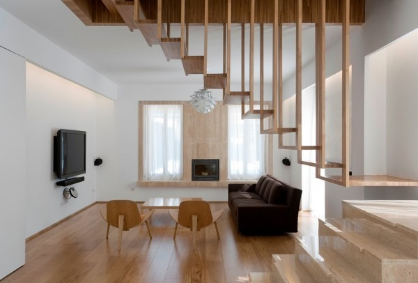 wooden-modern-livingroom-skeleton-stairs