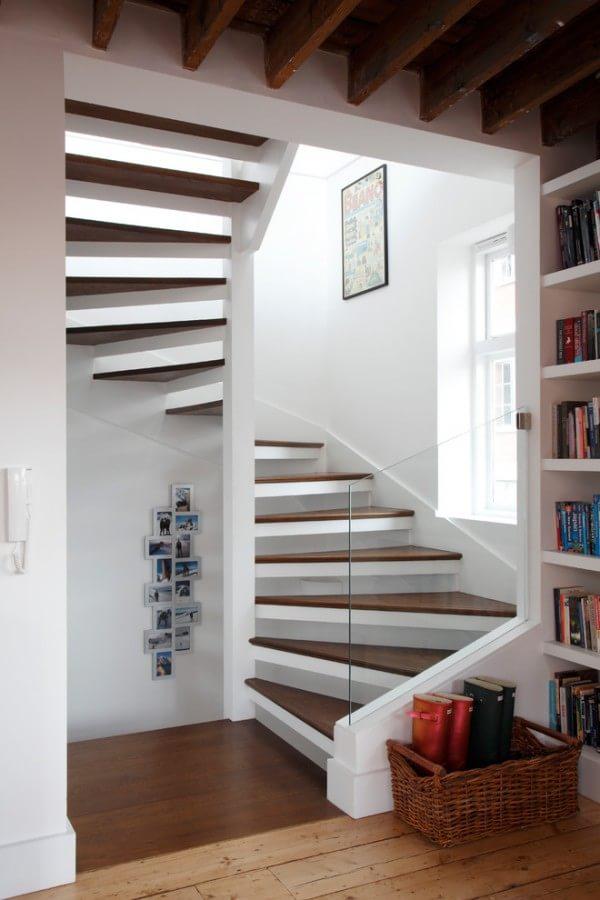 woodens-piral-skeleton-stairs