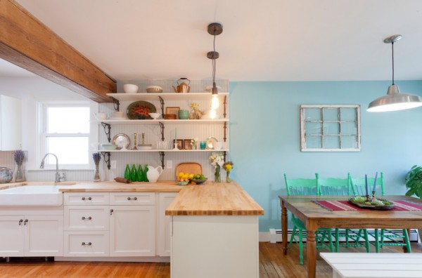 butcher-block-countertop-light